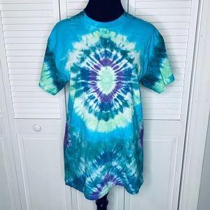 Hippie style tie dye T-shirt new size medium